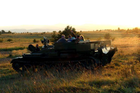Mitfahren im Panzer 1